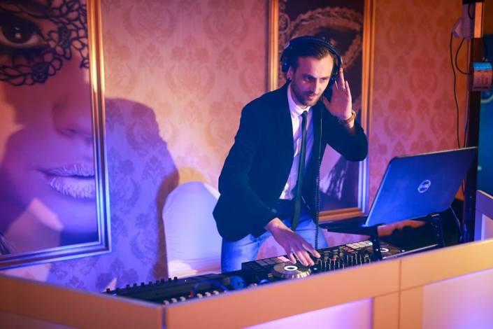 DJ Petreceri private